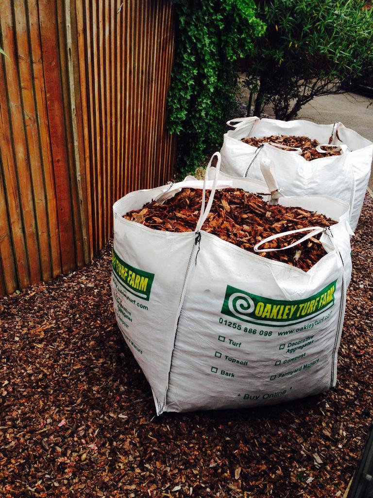 multi purpose bark chippings oakley turf farm. Black Bedroom Furniture Sets. Home Design Ideas