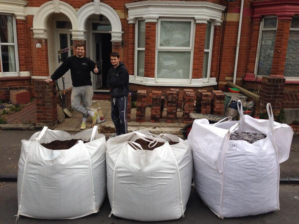 Oakley Turf Delivering to Trade Customers