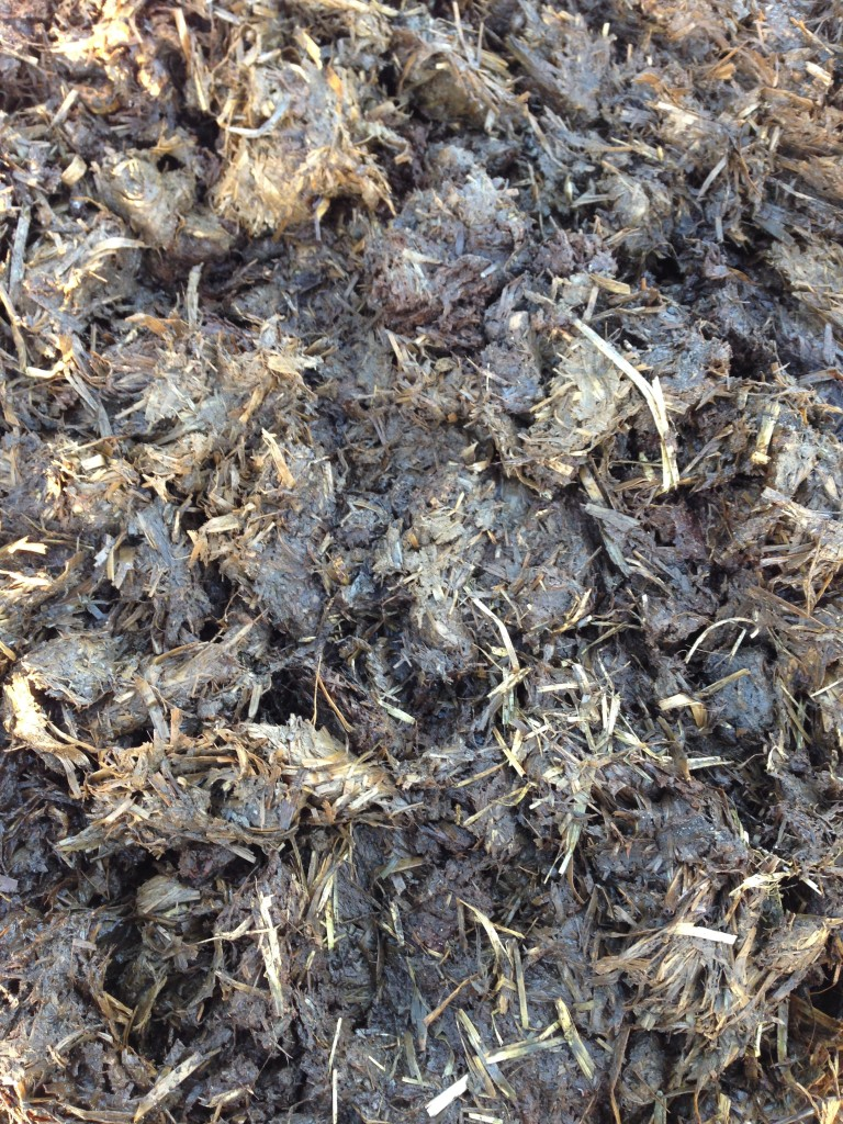 Natural Farmyard Manure | Oakley Turf Farm